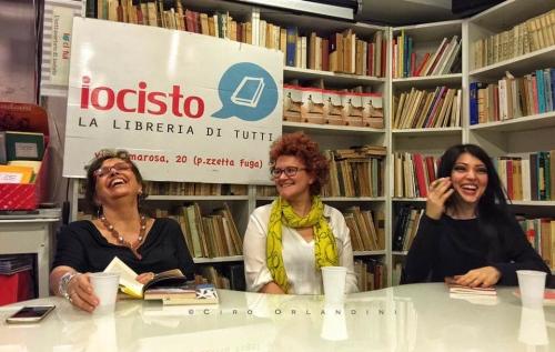 """La presentazione napoletana de """"La cattiva reputazione"""" con Patrizia Rinaldi e Carmen Pellegrino. http://www.gazzettadinapoli.it/2016/06/14/francesca-bonafini-paolo-rumiz-appuntamento-"""